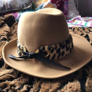 Cowgirl sassy hat